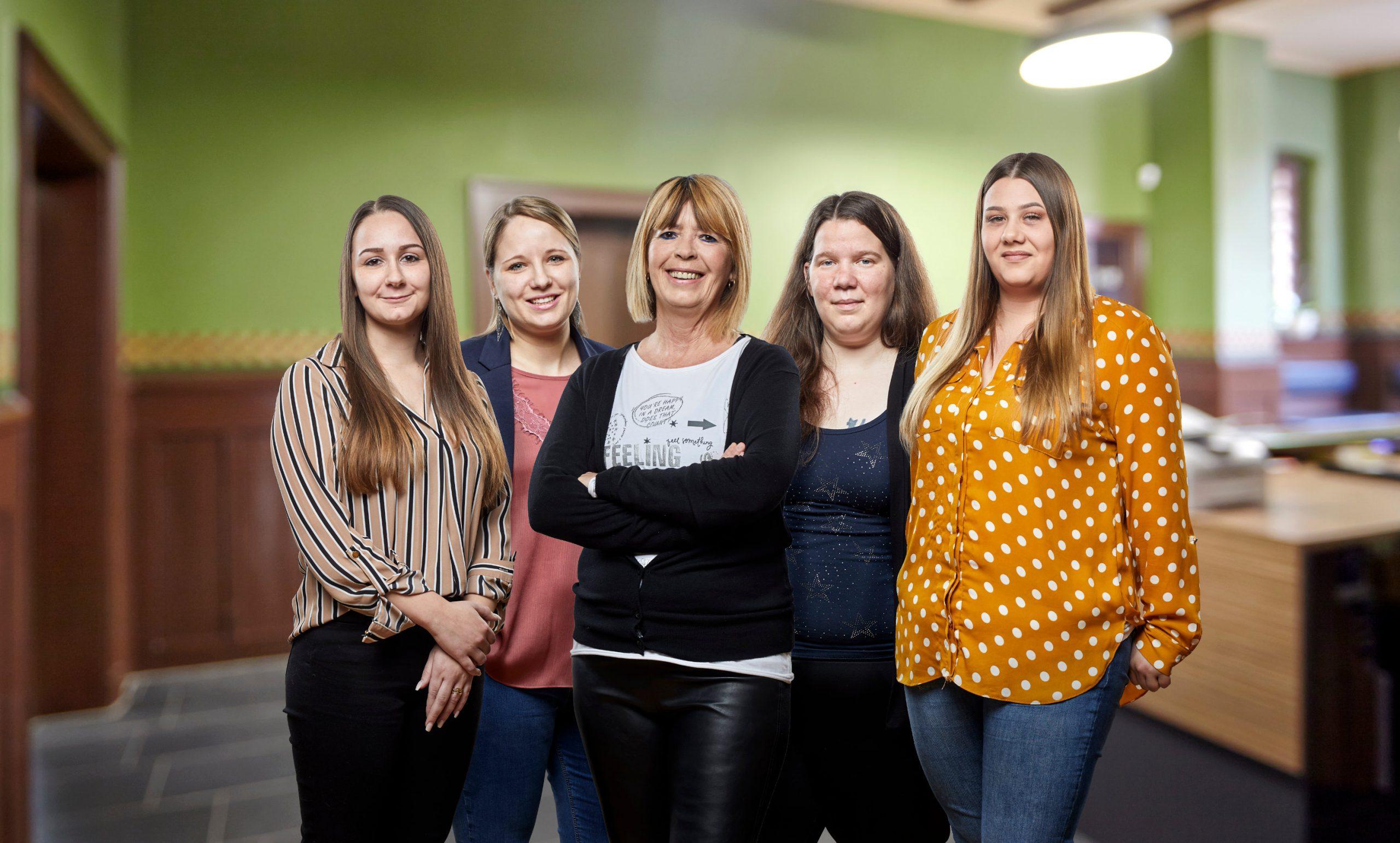 Die Damen vom Büro-Team